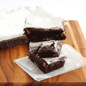 Slice Brownies (dark chocolate & walnut) (contains nuts)